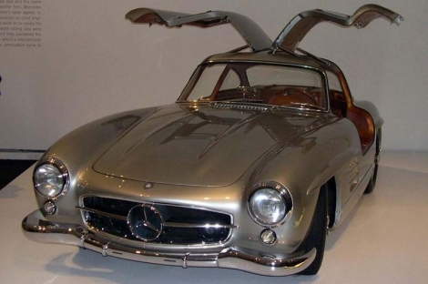 10 most beautiful cars of all time for Mercedes benz with wing doors